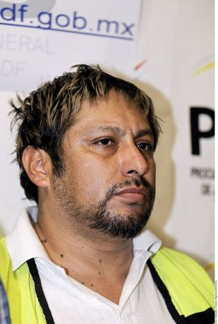 "The alleged leader of La Mano con Ojos, ""El Comandante,"" was arrested on February 29, 2012. Photo: Terra Noticias"