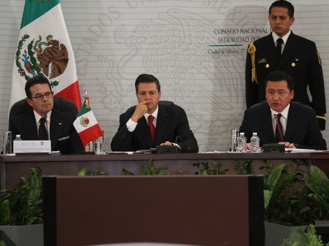 President Peña Nieto presented his new security strategy in December to the National Council of Public Security. Photo: Héctor Téllez, Milenio
