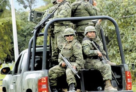 Cuartoscuro_JuanJoseEstrada_Michoacan_military_presence